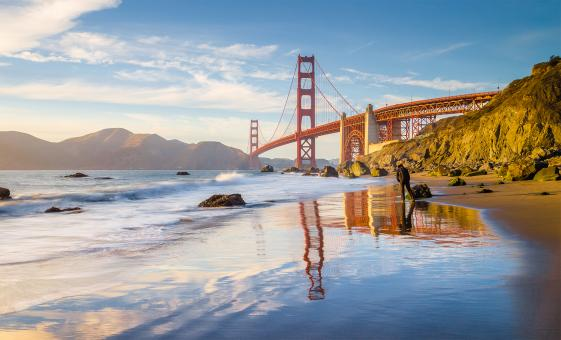 Pacific Coastline Beach and Golden Gate Bridge Tour in San Fransisco (Land's End, Eagle's Point)