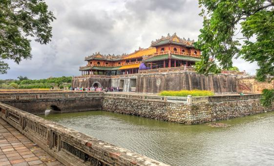 Private Old Citadel of Hue Tour