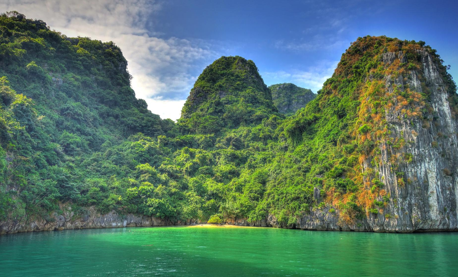Private Halong Bay Cruise and Hanoi - Single Occupancy (2 Days - 1 Night)