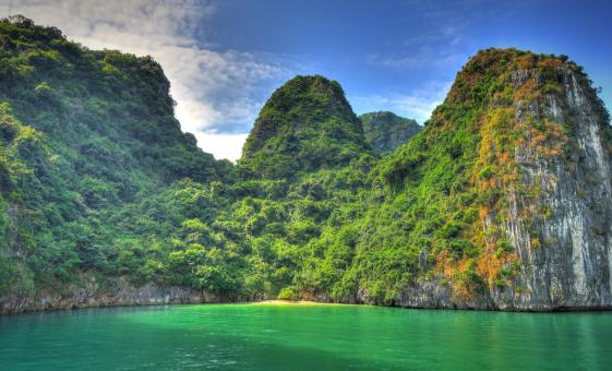 Private Halong Bay and Hanoi | Vietnam