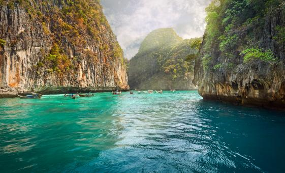 An Adventure to Phi Phi