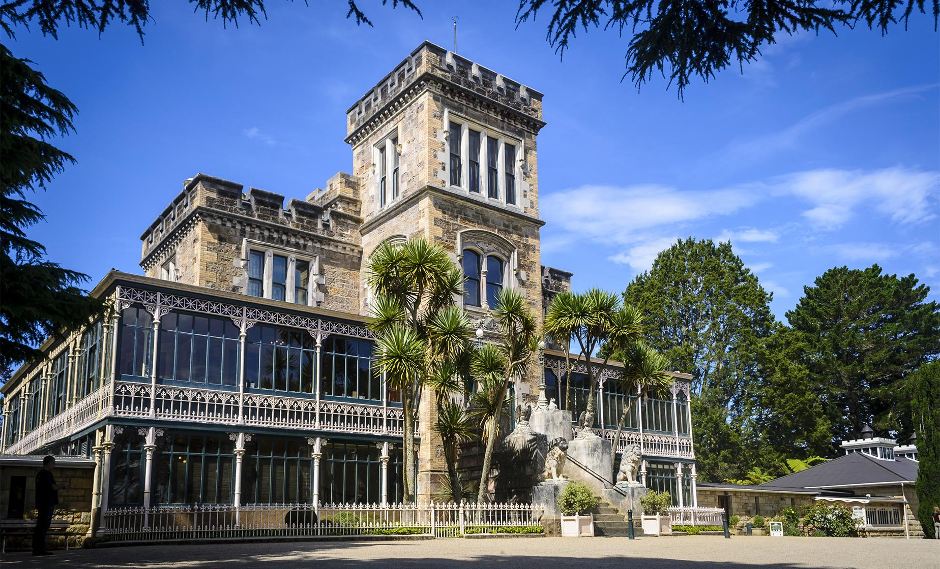 Larnach Castle, Peninsula and City Tour