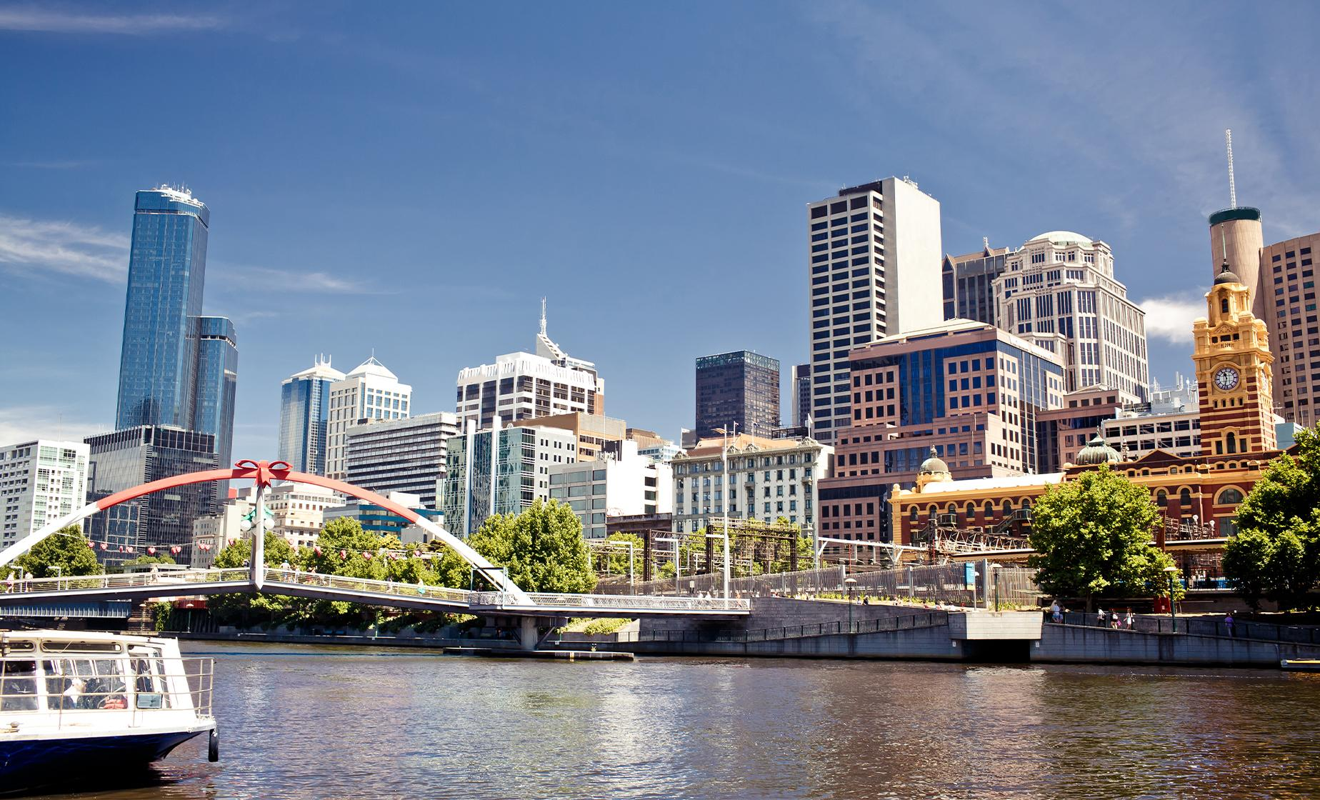Melbourne City Morning Tour with Yarra River Cruise