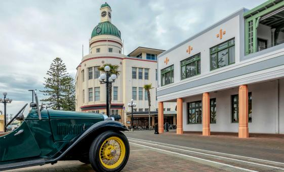 Private Art Deco City Vintage Car Tour