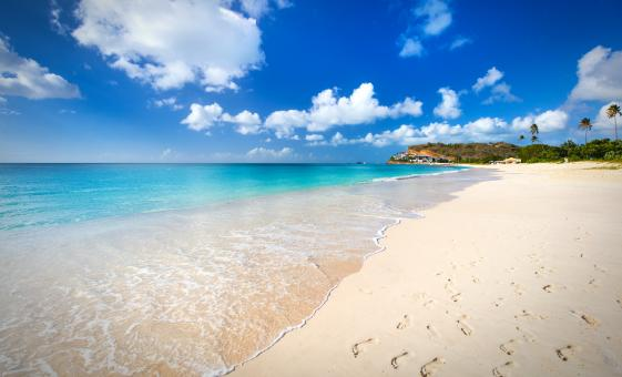 Best Antigua Beaches Tour