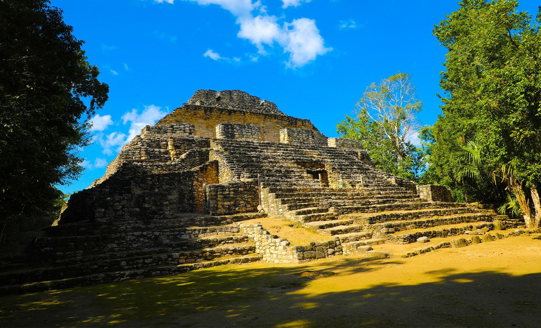 Chacchoben Mayan Ruins Tour History in Costa Maya Seven Color Lagoon (Lake Bacalar)