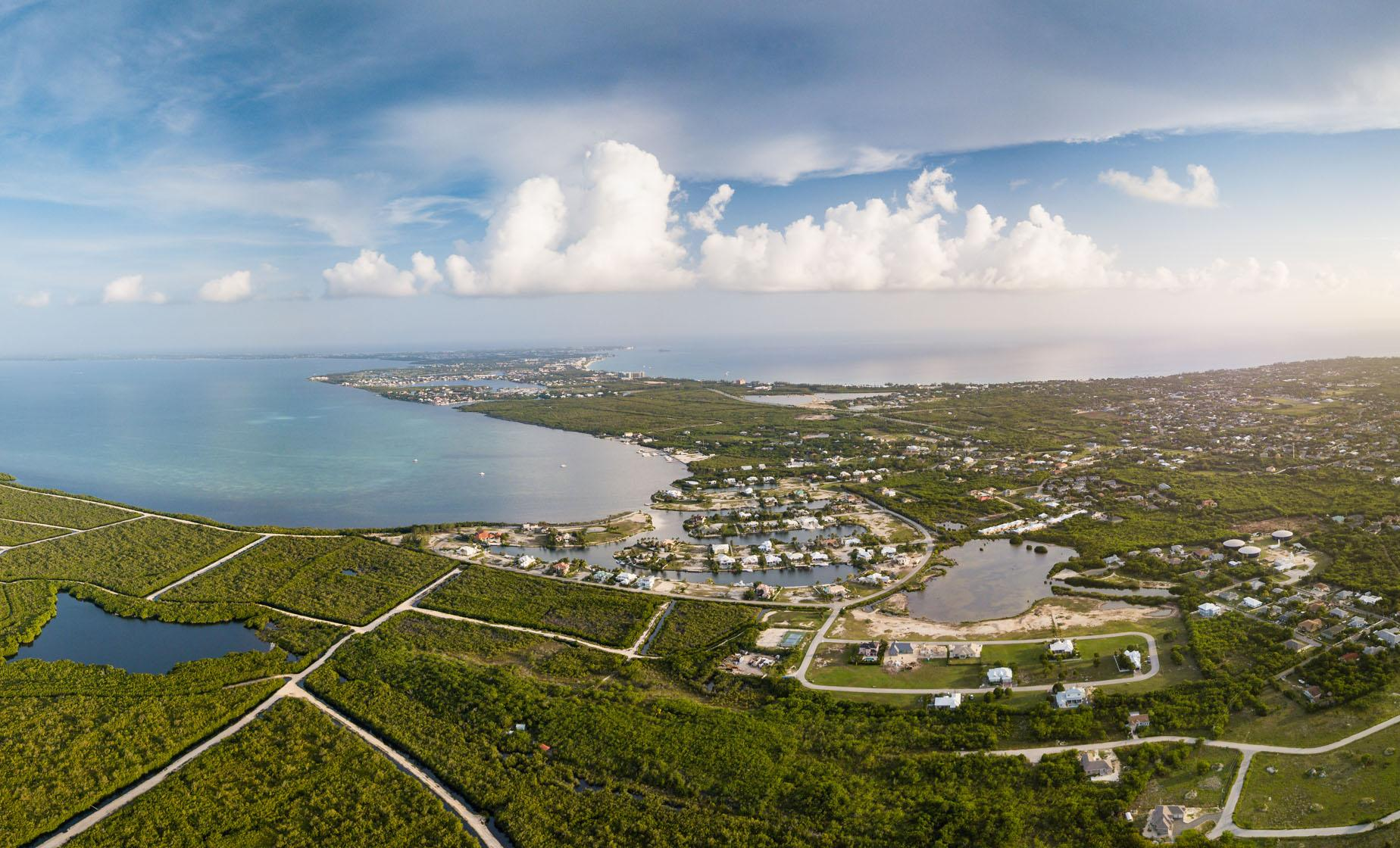 Helicopter Tour Over Grand Cayman
