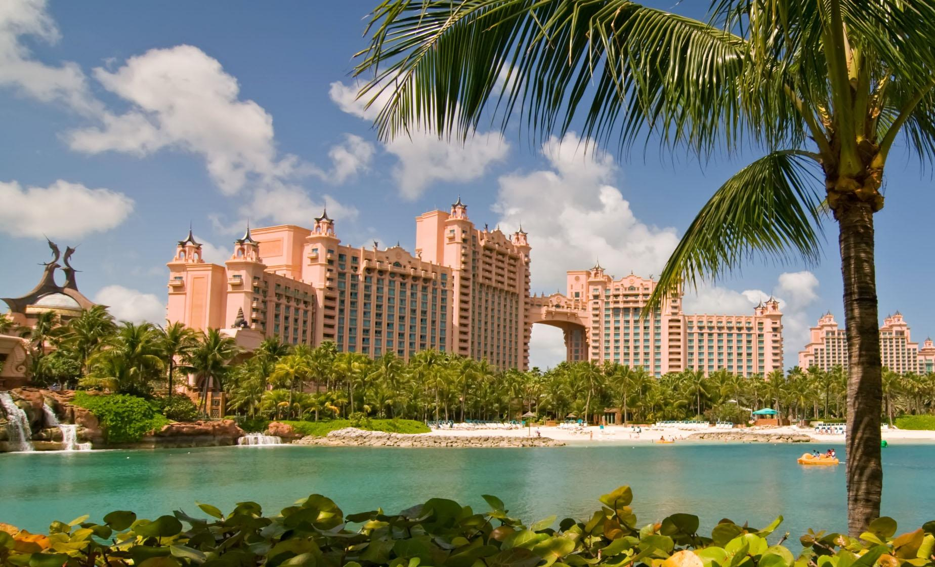 how to get to atlantis from nassau cruise port