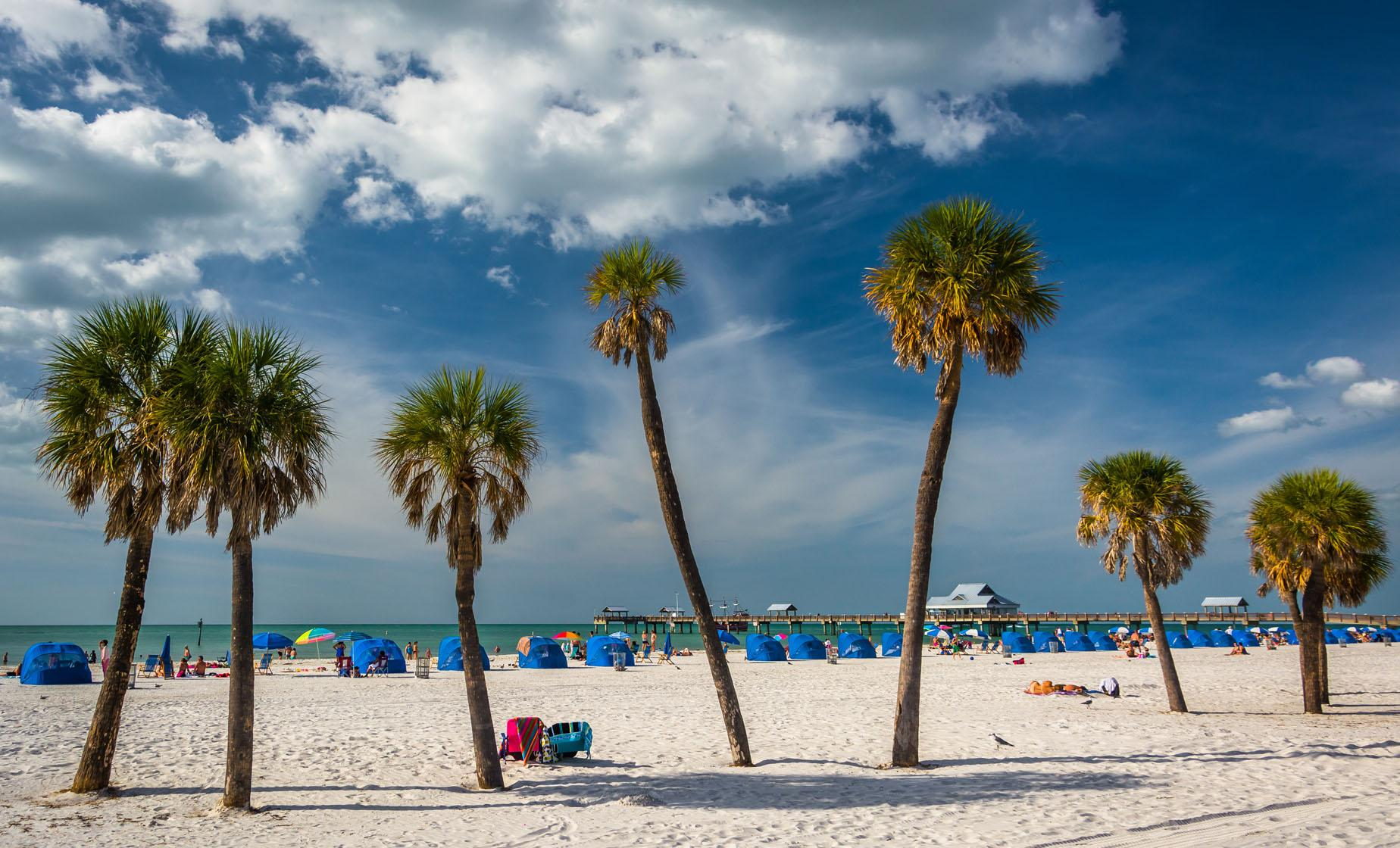 Clearwater Beach Day Trip and Pirate Cruise with Transport in Orlando Florida