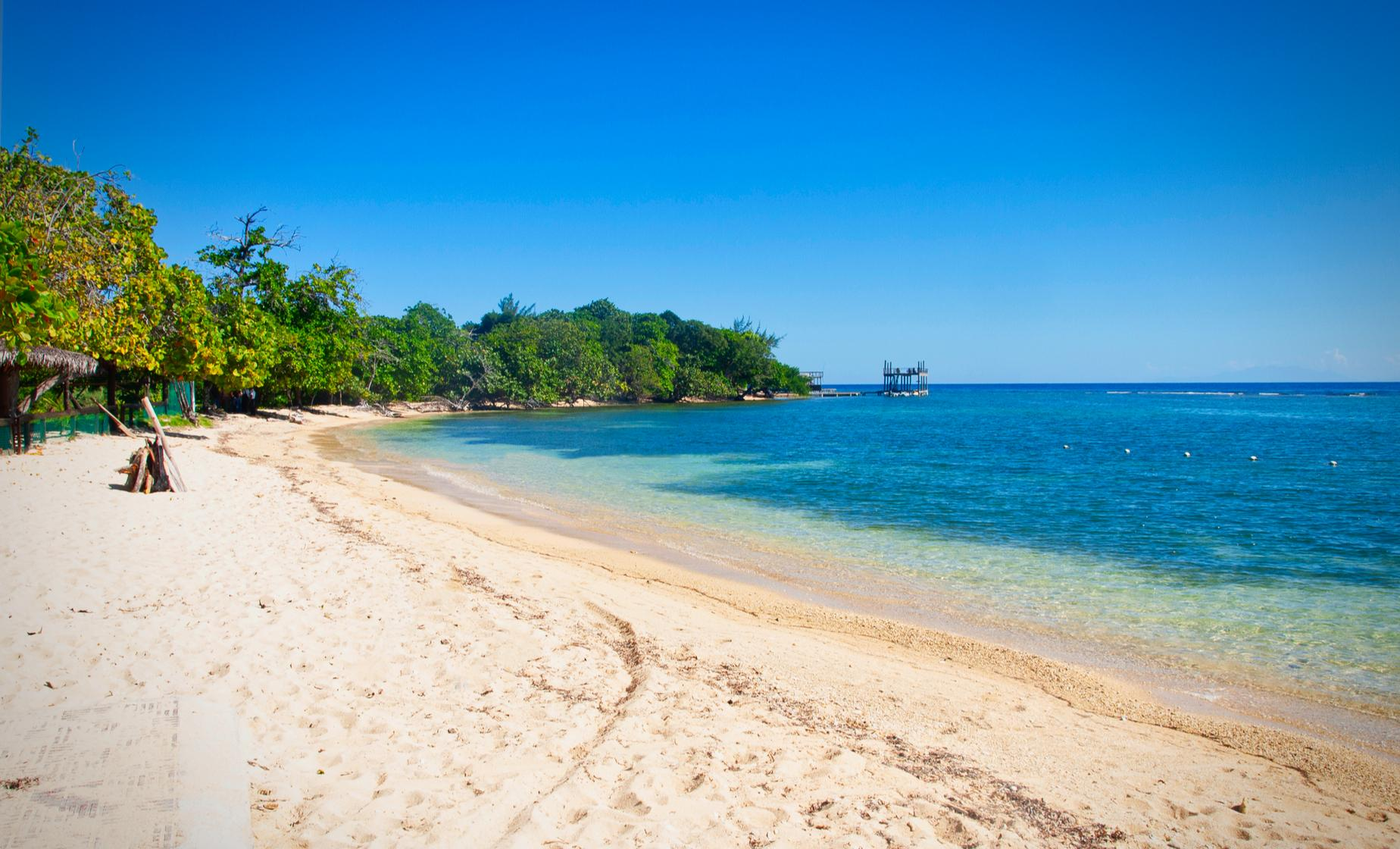 Roatan by Land and Sea Day Tour to West End Bay and Beach