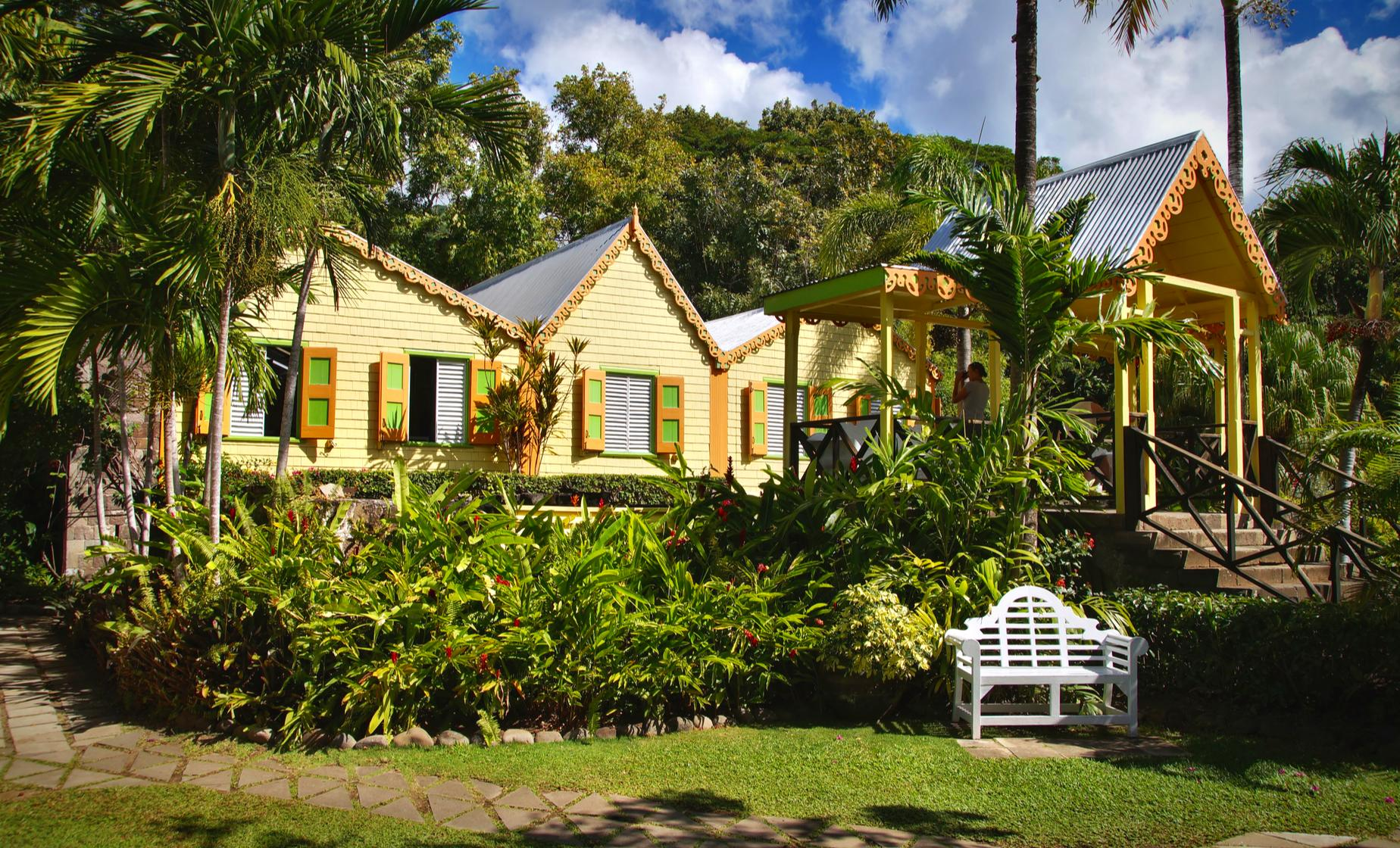 St Kitts Day Tour through Basseterre, Caribelle Batik (Romney Manor, Clay Villa Estate)