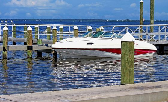 Private Speedboat Adventure Tour in Tampa (Fort De Soto Park, Sunshine Skyway Bridge)