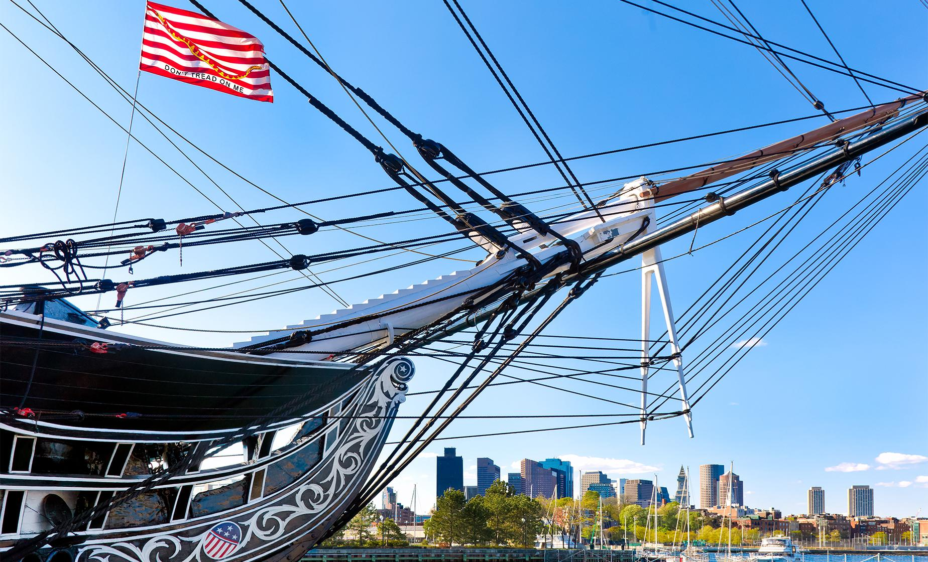 Classic Trolley, Freedom Trail and Harbor Cruise Tour in Boston (Little Italy, Quincy Market)