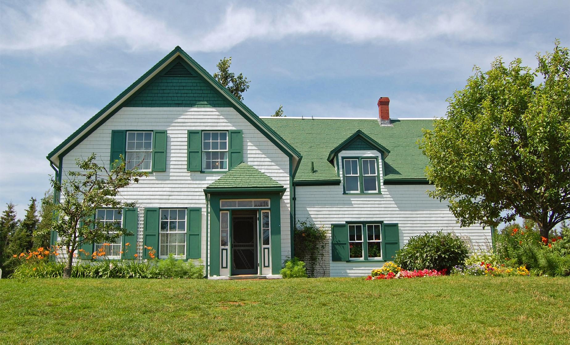 Anne of Green Gables House and Island Drive (Prince Edward Island, Cavendish Beach)
