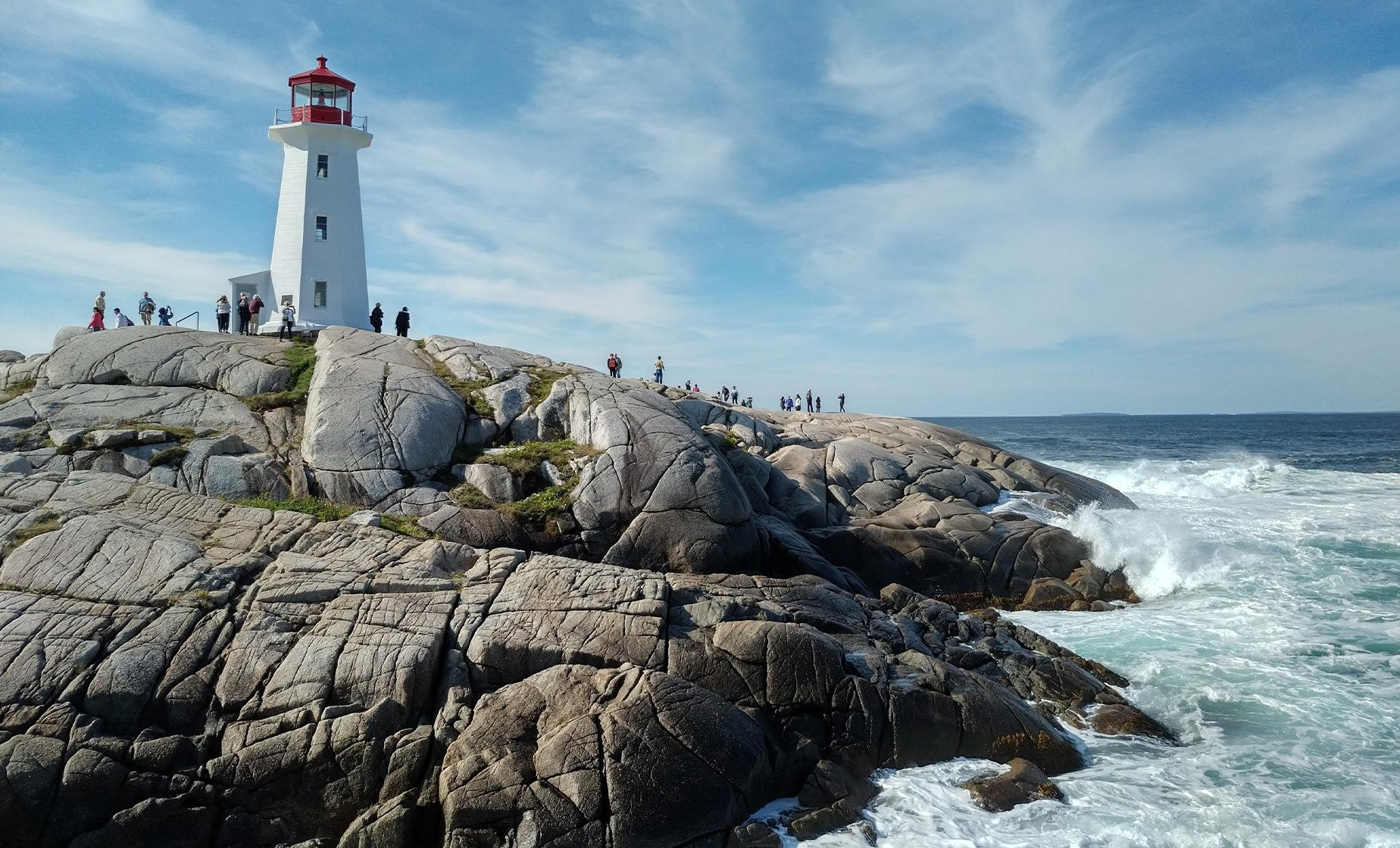 Best of Halifax and Peggy's Cove Tour (Grand Parade Square, St. Paul's Church, West Dover)