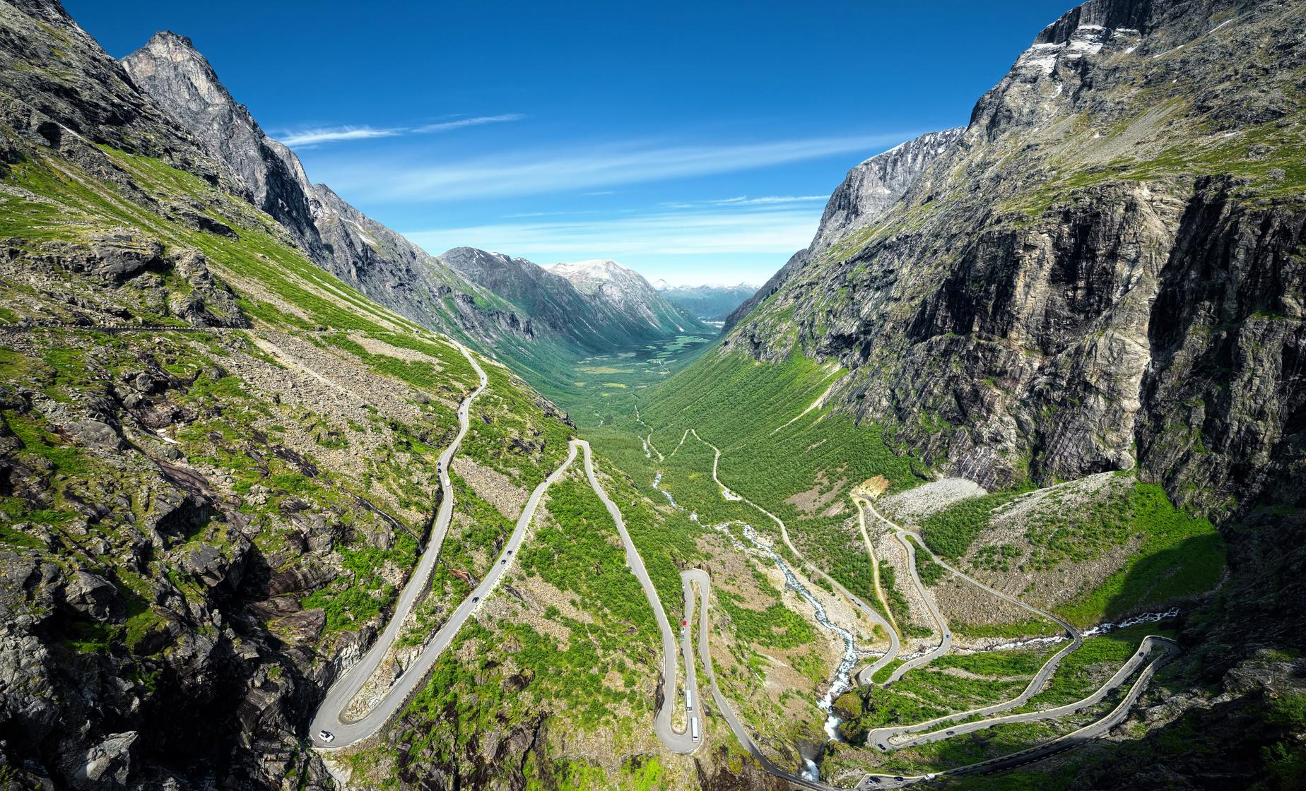Private Half Day Alesund with Troll Road (Trollstigen)