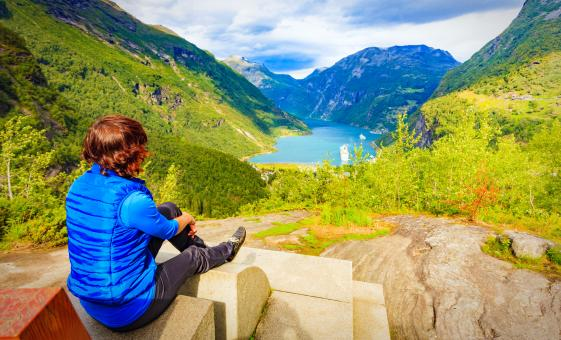 Private Full Day Round Trip Alesund with Geiranger