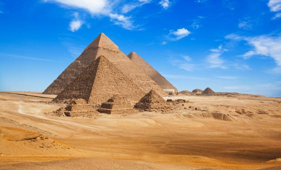 Private Classical Cairo Tour from Alexandria (Giza Plateau, Pyramids, Sphinx)
