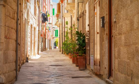 Walking Tour of Bari