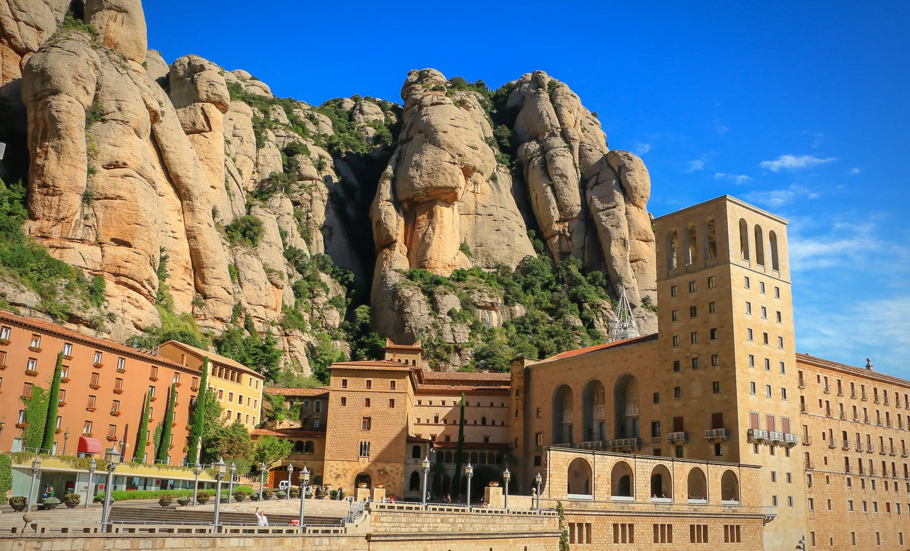 Exclusive Montserrat and Cava Trail Day Trip from Barcelona