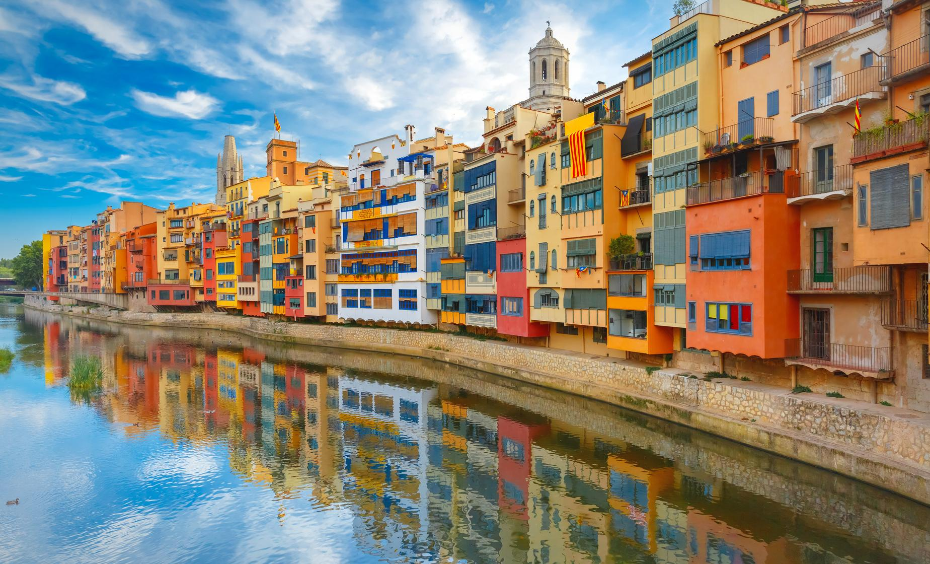 Exclusive Girona and Costa Brava Day Trip from Barcelona
