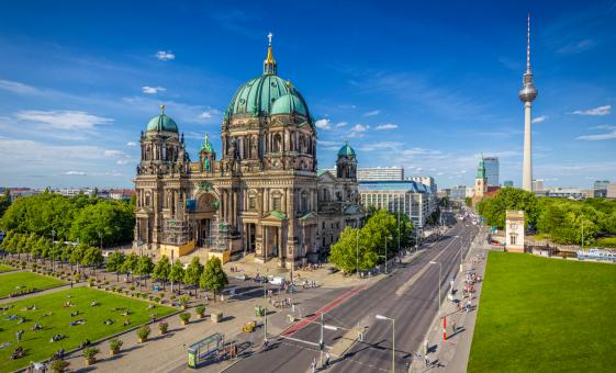 Best of Berlin with Wi-Fi from Warnemunde