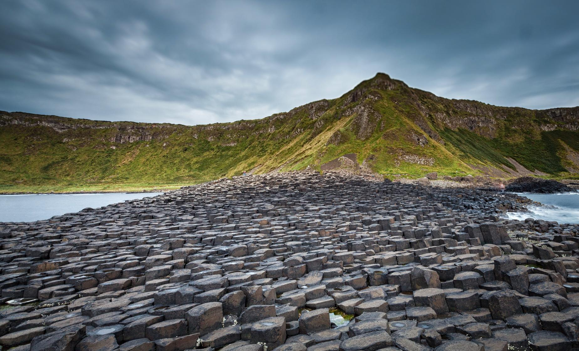 Giants Causeway and Belfast City Tour