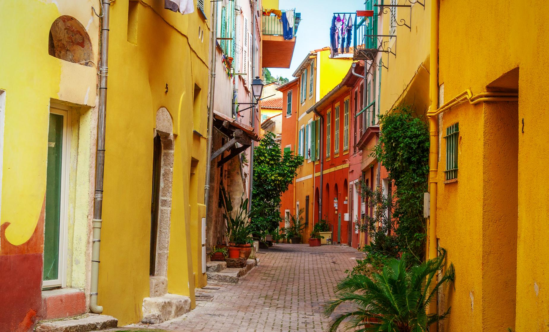 Private Nice Old Town Walk Tour from Cannes (Cours Saleya)