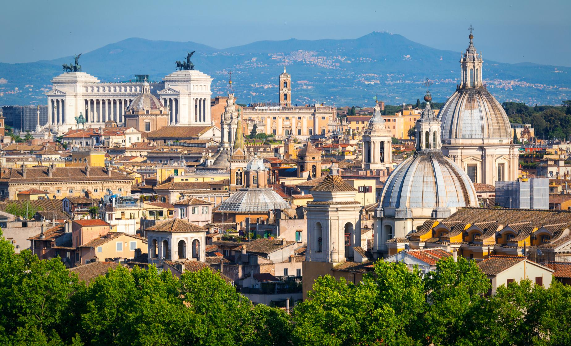 Rome Panorama Cruise Trip through Vatican City & Ancient Rome