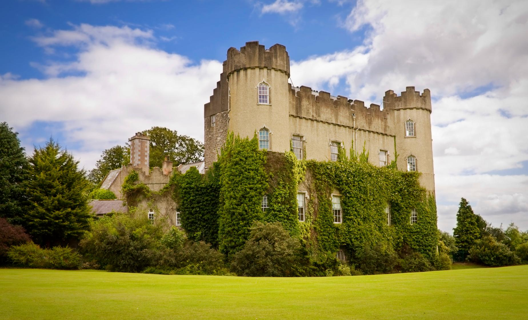 Private Visit to Malahide Castle Tour from Dublin