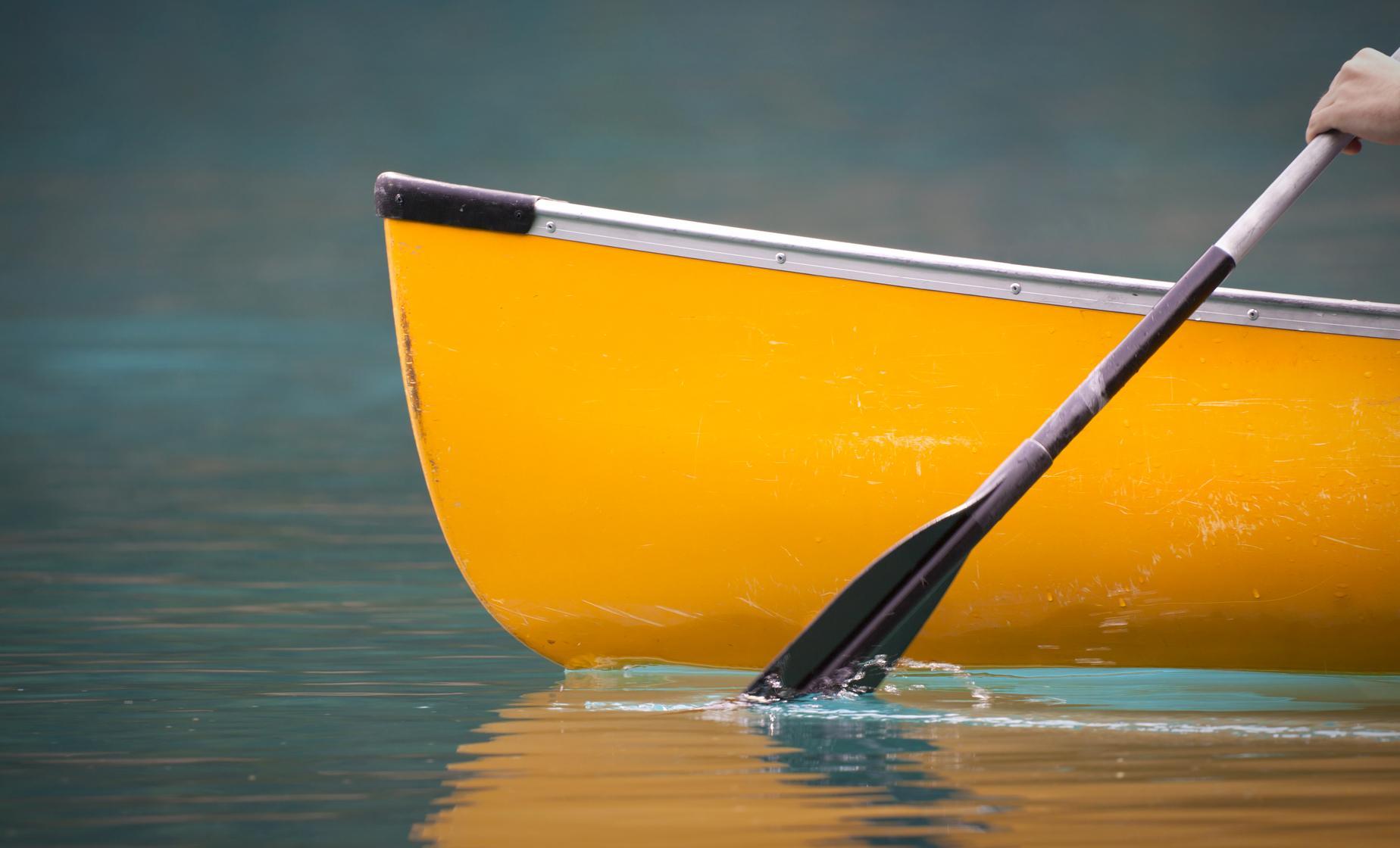 Canoeing Lagoa das Furnas