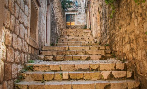 Private Dubrovnik Walking Tour with Lunch and Wine Tasting