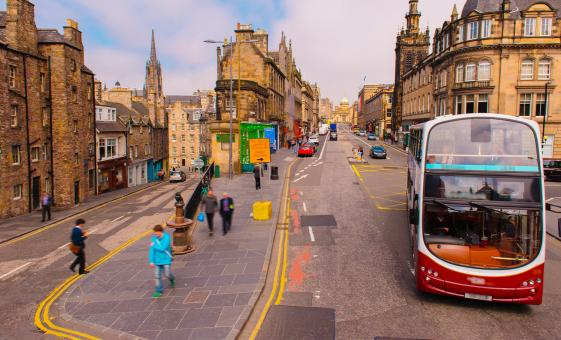 Edinburgh On and Off Bus Tour (Grass Market, Castle Rock, Royal Mile)