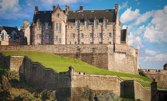 Private Edinburgh Castle and The Royal Mile Tour