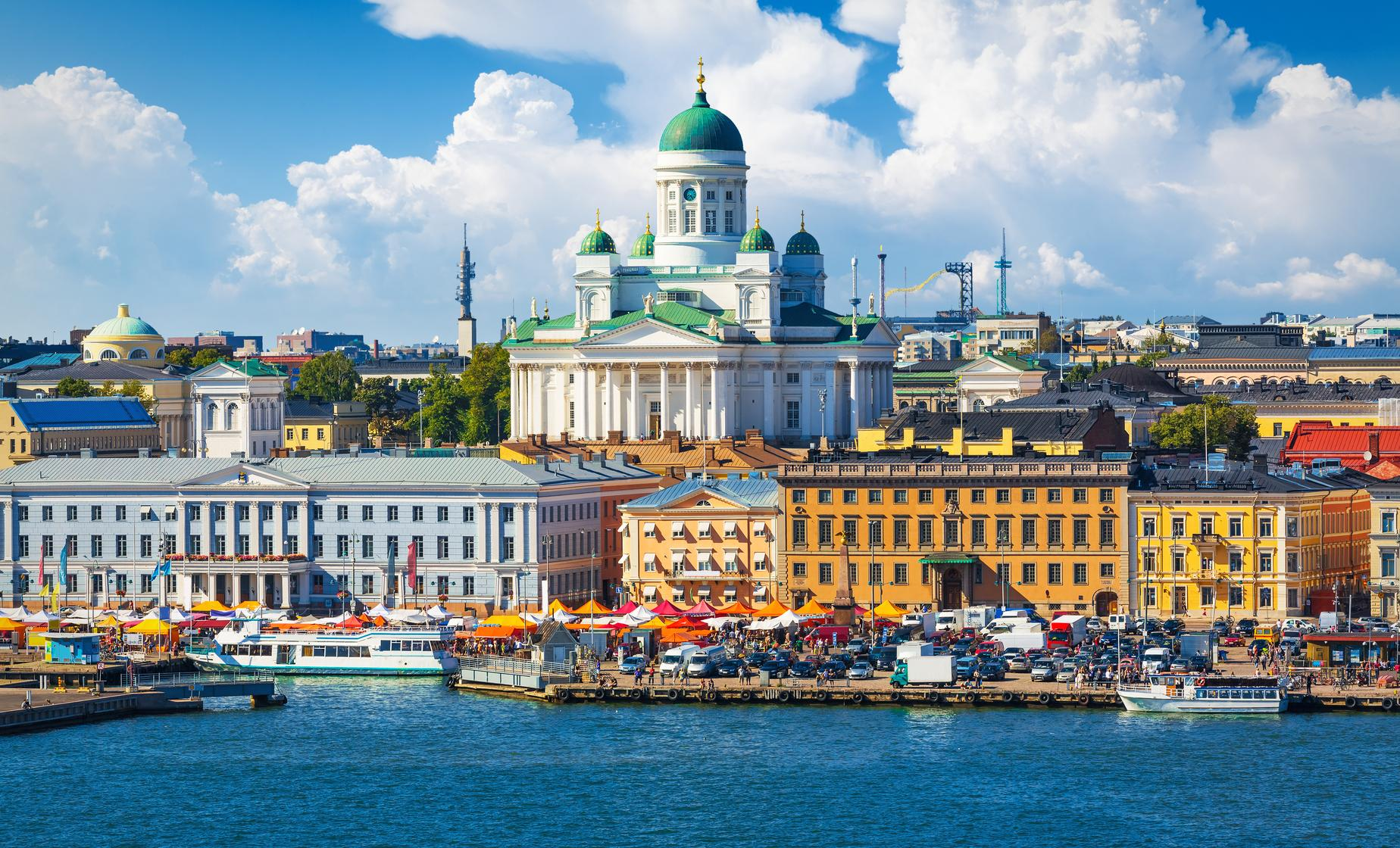 Private Best of Helsinki and Porvoo with French Speaking Guide