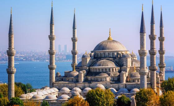 Full Day Byzantine and Ottoman Marvels with Lunch Tour (Hagia Sophia, Hippodrome, Blue Mosque)