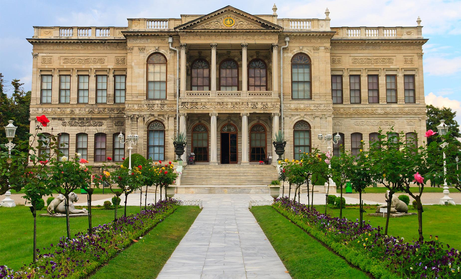 Private Dolmabahce Palace and Tea at Ciragan Palace