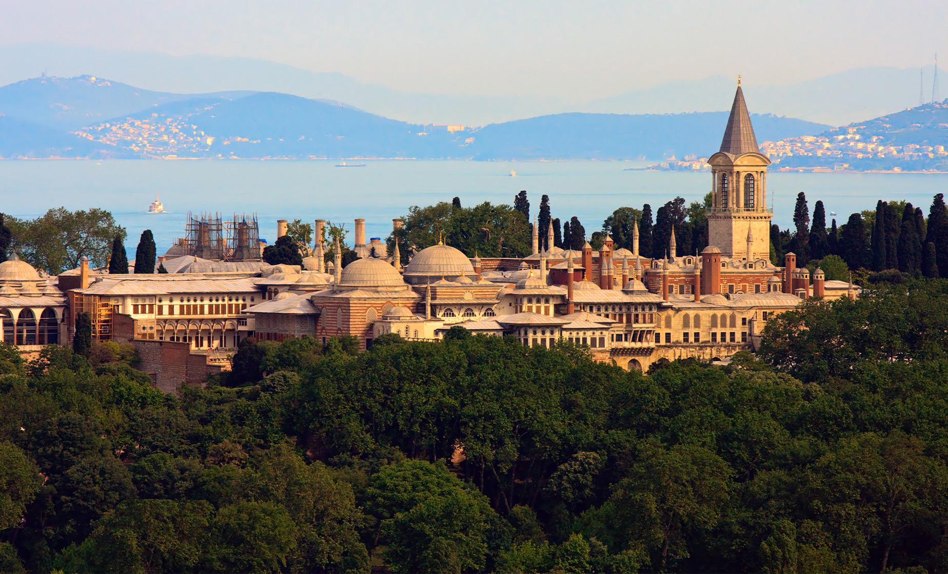 Private Highlights of Istanbul with Lunch at Topkapi Palace