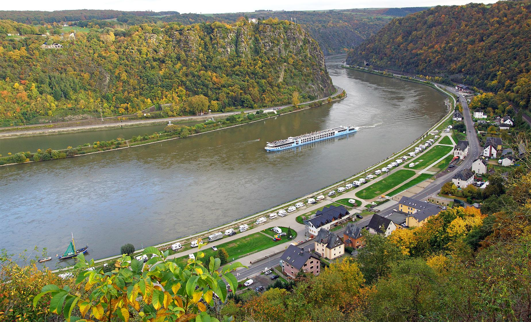 Sightseeing Cruise to St. Goar & Cable Car Combo