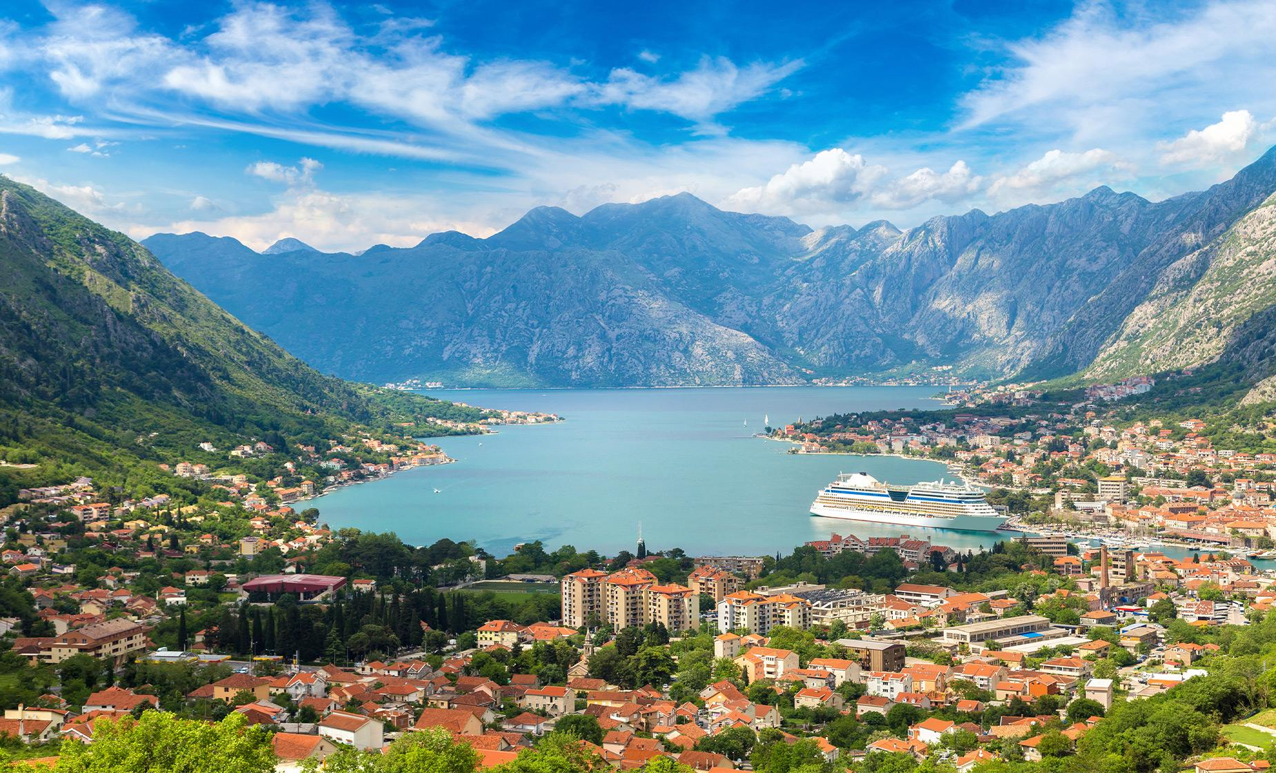 Private Montenegro Highlights Tour from Kotor (Njegusi, Cetinje)