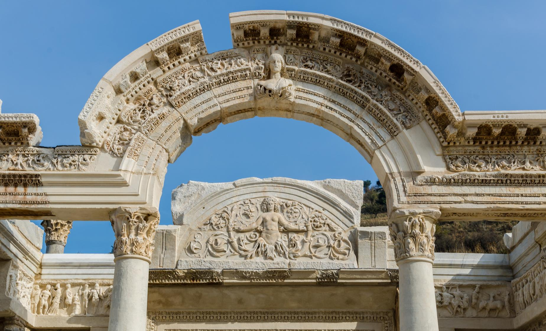Exclusive Ephesus, St. John and Carpets Tour (Thermal Baths of Scolastika, the Great Theater)