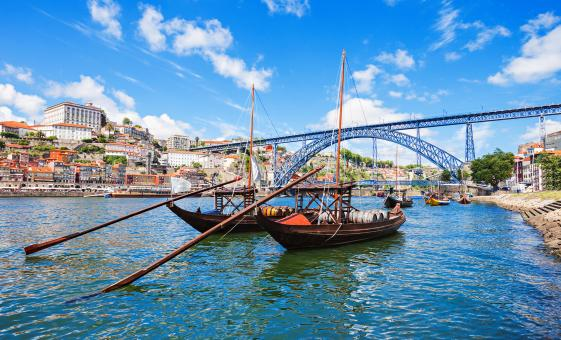 Oporto and Wine Discovery