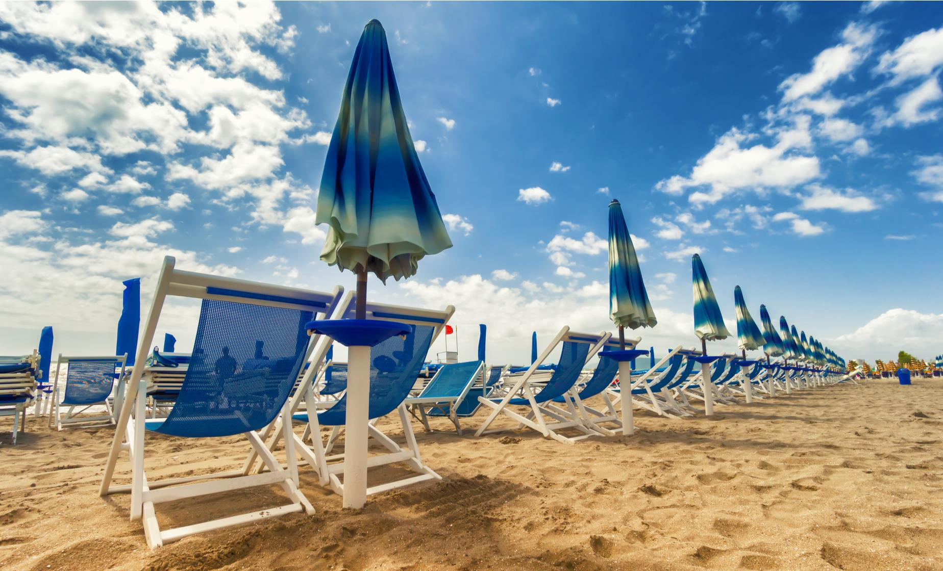 Private Italian Beach and Pisa Tour