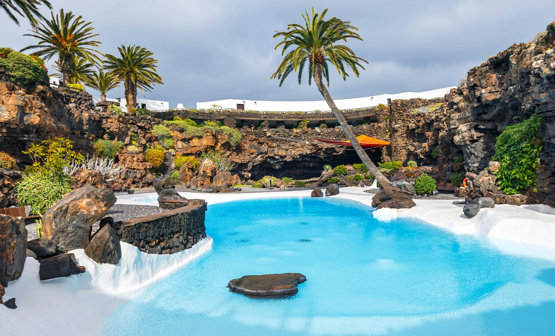 Private Jameos del Agua and Mirador del Rio - History, Culture and Viewpoints