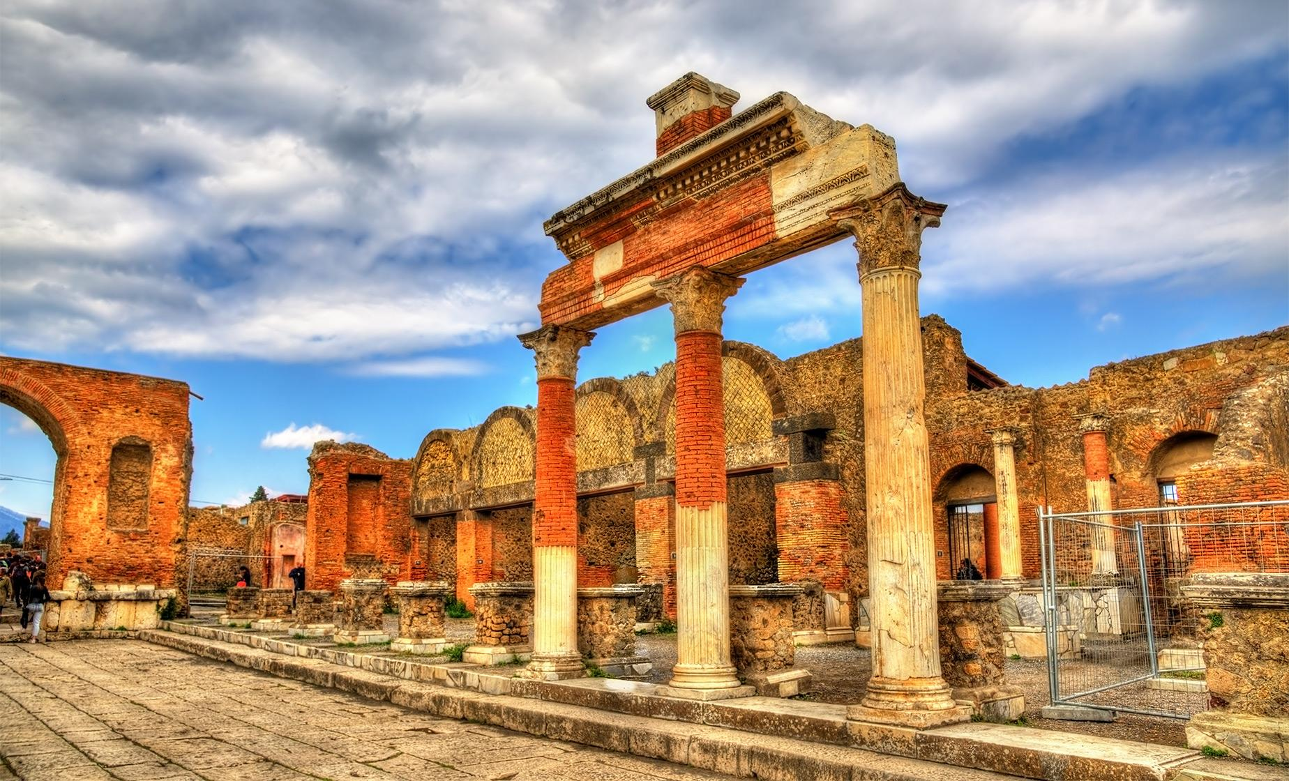 Pompeii Skip the Line Day Trip from Naples | Pompeii Ruins