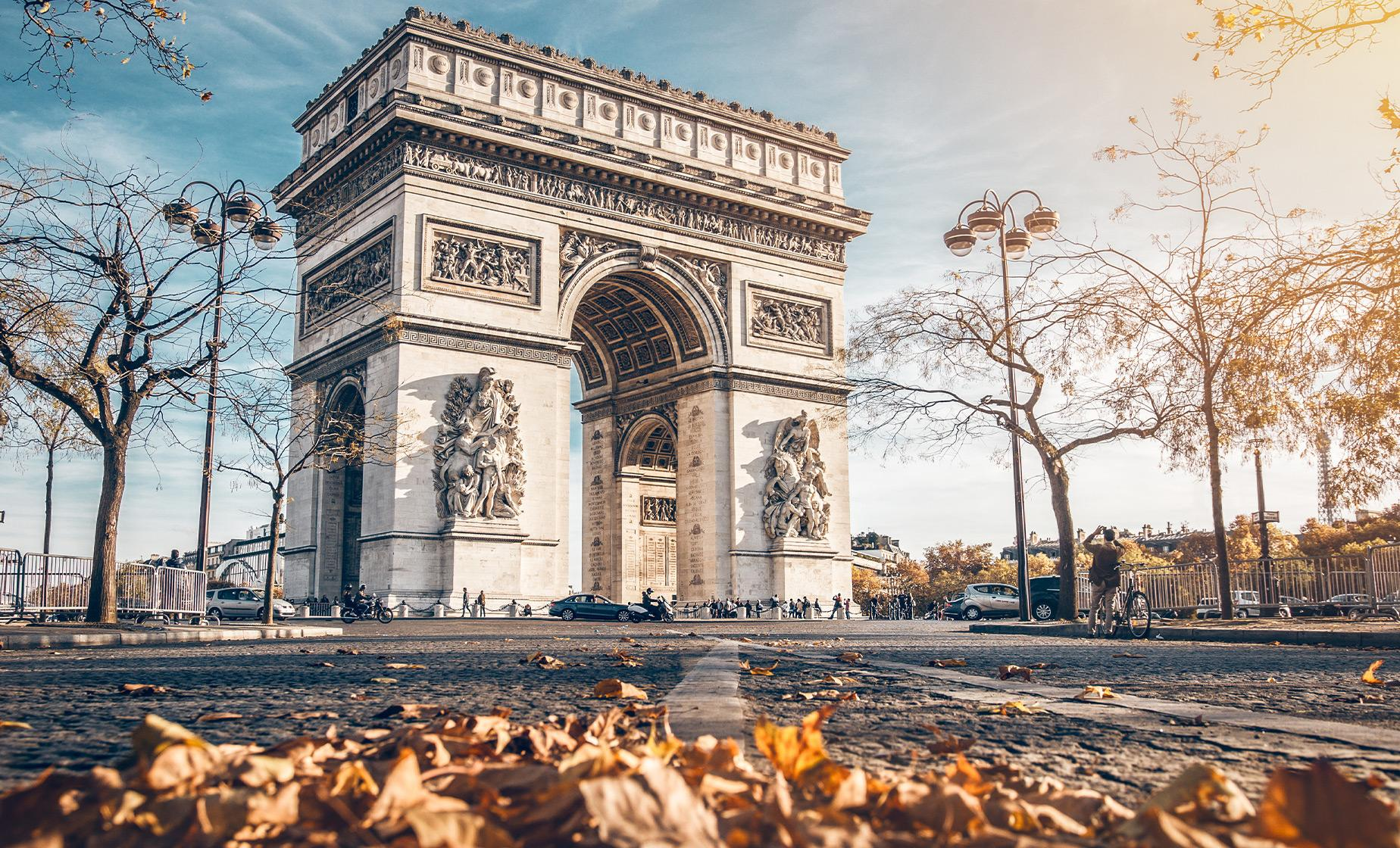 Paris Highlights with Monmartre and Notre Dame