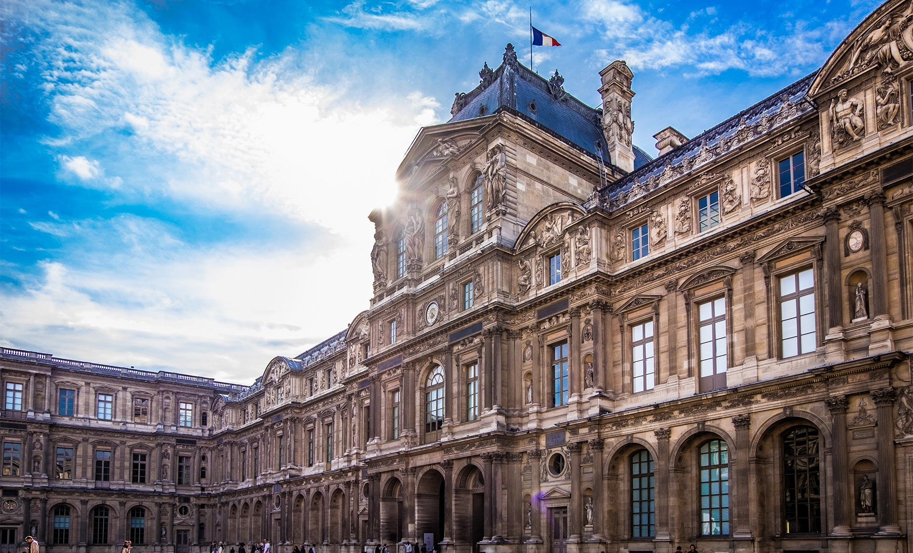 Louvre Museum Must See Tour