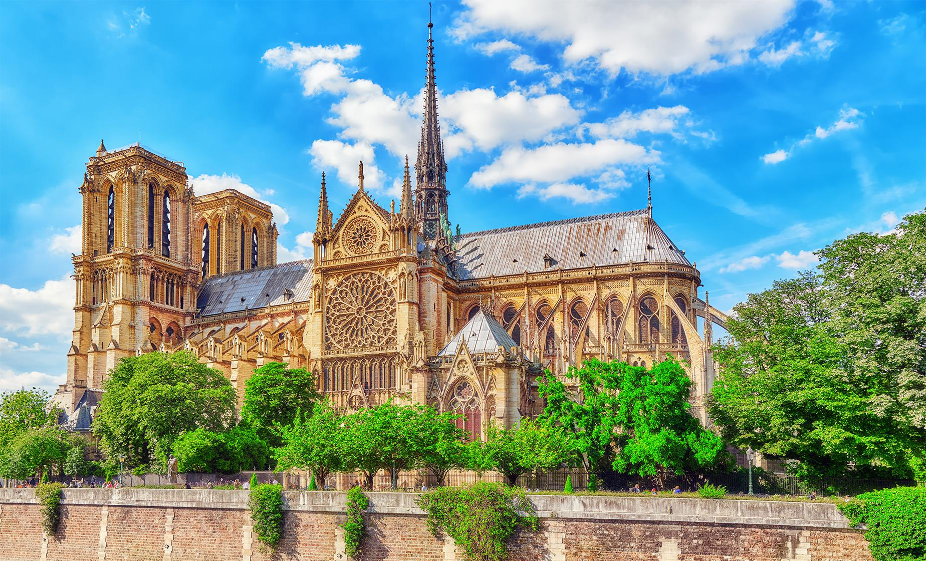 Private Paris Highlights with Monmartre and Notre Dame