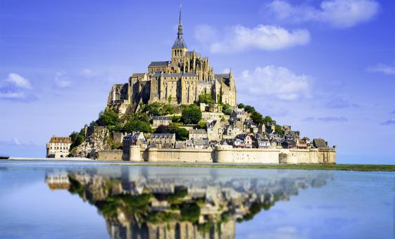Tour of Mont Saint Michel from Paris