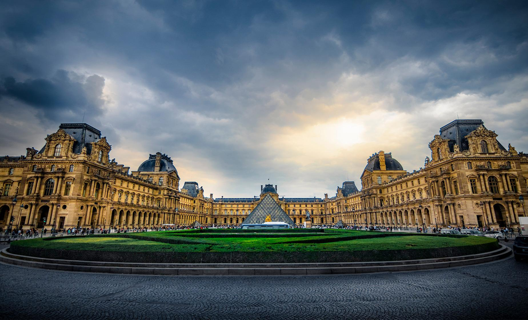 Private Louvre Museum Must See Tour